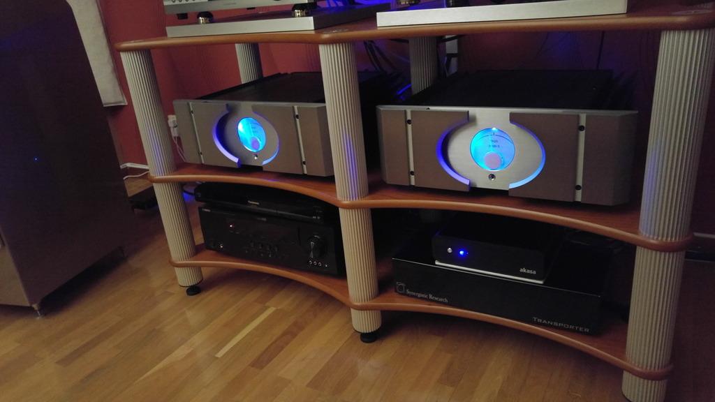 setup2_zpsbpwm80iu.JPG