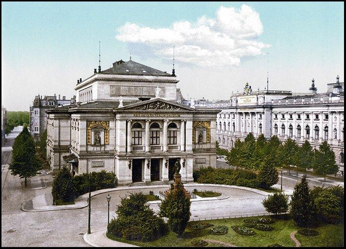 Leipzig_Gewandhaus_1884.jpg