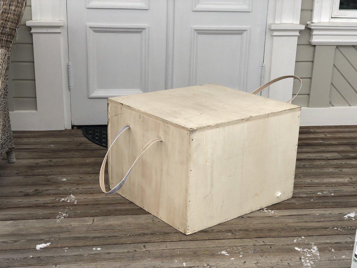 box.jpg.a51f595adcd5ebff0dcd4296c13af802.jpg