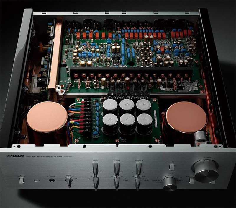 C-5000 interior.jpg