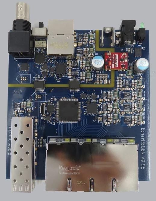 PCB_PRODUCTION_2048x.jpeg.b1a9615648b4c3dc5fc4a019387e5261.jpeg