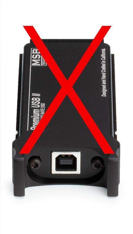 Analog-Quadrate-USB-Front-Bad-450px.jpg.f0ef872897fc9fd2d9c04fbf1c4ebc96.jpg