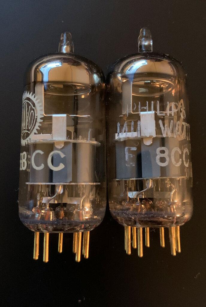 Philips-E88CC-vs-Valvo-E188CC.thumb.jpg.dc9f4316348812e1bafc466179f1d0e8.jpg