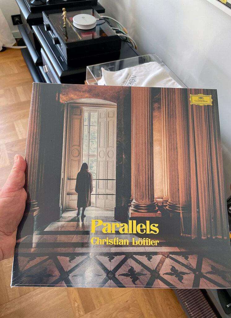 Parallels.thumb.jpg.ae86eb0e938054f30d312a169618d69d.jpg